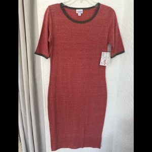 🌼 NWT LuLaRoe Red Grey Vintage Look Julia Dress S